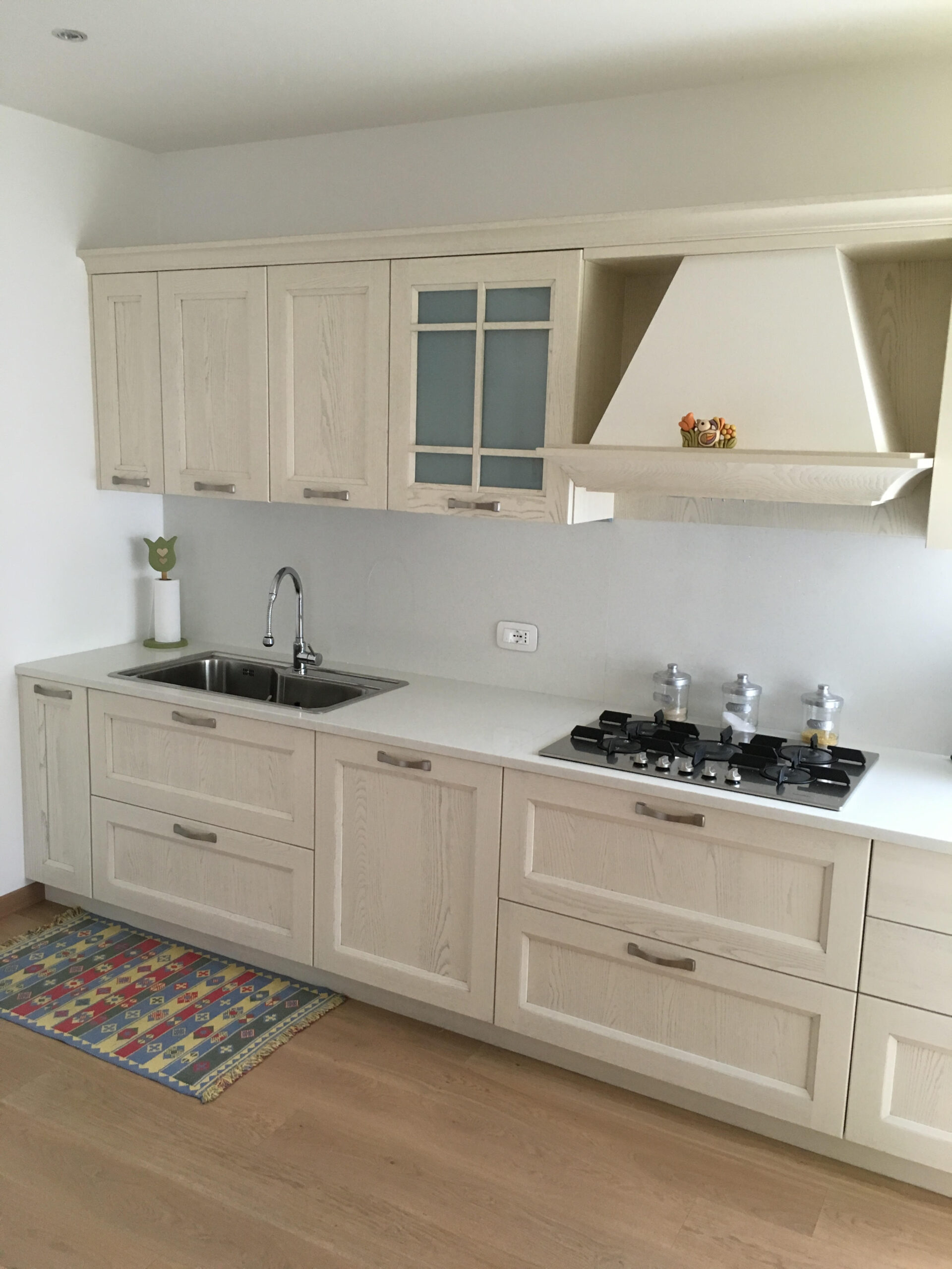 Cucina modello Village decapè ad Alano di Piave - Stanza per Stanza
