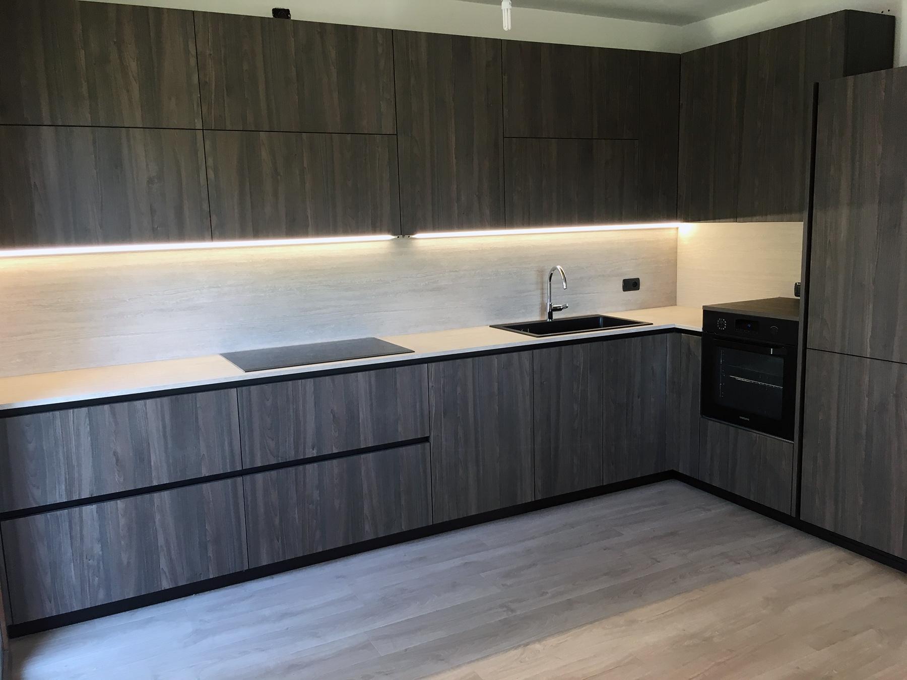 Stanza per Stanza Arredamenti di Vettoretti - Cucina GD con set completo di elettrodomestici a Valdobbiadene (Treviso)