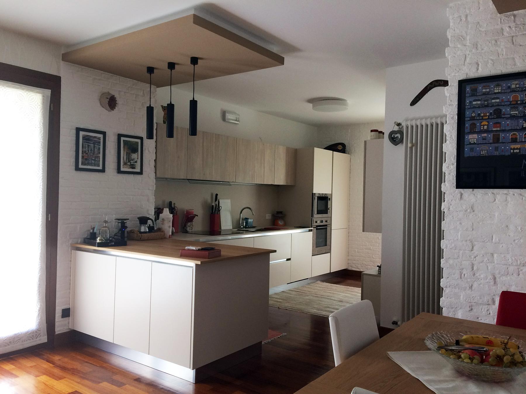 Cucina Spagnol modello Maryland, tavolo Pizzolato in una casa privata a Cornuda (TV) - Stanza per Stanza Arredamenti